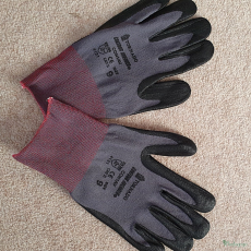 Gloves size 9/L